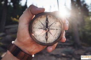 kompas-min